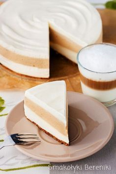 Cheesecake latte macchiato without baking Cold Desserts, No Bake Desserts, Delicious Desserts, Dessert Recipes, Yummy Food, No Bake Treats, Cheesecake Recipes, No Bake Cake, Love Food