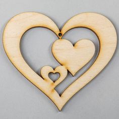 Scroll Pattern, Scroll Saw Patterns, Wood Ornaments, Christmas Tree Ornaments, Arte Country, Weekend Crafts, Small Wood Projects, Heart Template, Easy Watercolor