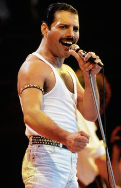 Freddie Mercury during Live Aid '85.