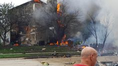 Plane crashes into house in northern Illinois city http://dailym.ai/2acQUgk