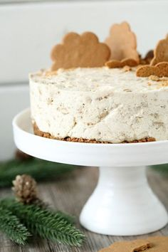 Helppo ja nopea piparkakku-juustokakku, liivatteeton - Suklaapossu Just Eat It, Christmas Baking, Cheesecake Recipes, Yummy Cakes, Vanilla Cake, Sweet Recipes, Food And Drink, Sweets, Cooking