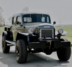 On the Fringe of Imagination & Deduction Old Dodge Trucks, Dodge Pickup, Old Pickup Trucks, 4x4 Trucks, Diesel Trucks, Custom Trucks, Cool Trucks, Dodge Suv, Dodge Dually