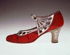 1920s red and silver shoes (hva)