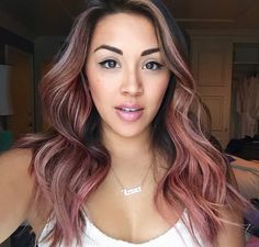 Peach hair is having a serious moment. These drop-dead gorgeous peach hair color looks will have you running to your colorist. Peach Hair Colors, Purple Hair, Ombre Hair, Balayage Hair Rose, Rose Gold Hair Brunette, Hair Colorful, Rose Hair, Big Chop, Relaxed Hair