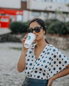 Eliana Borges (@elianacborges) • fotos e vídeos do Instagram Eliana, Having A Bad Day, What I Wore, Foto E Video, Polka Dots, Instagram, How To Wear, Pictures, Dots