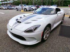 2013 Dodge Viper SRT 8.4-Liter V10 Click to find out more - http://newmusclecars.org/2013-dodge-viper-srt-8-4-liter-v10/ COMMENT.