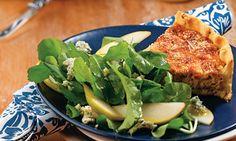 Torta de cebola com salada - MDEMULHER