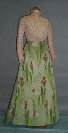 Skirt 1900s this would be so pretty for old fashion day!