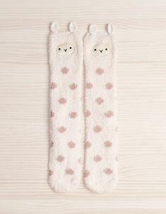Ok I need to get me a pair of these! v 2019 Fuzzy Llama stockings? Ok I need to get me a pair of these! v The post Fuzzy Llama stockings? Ok I need to get me a pair of these! v 2019 appeared first on Socks Diy. Alpacas, Cute Socks, My Socks, Fleece Socks, Warm Socks, Llama Socks, Llama Llama, Baby Llama, Funny Llama