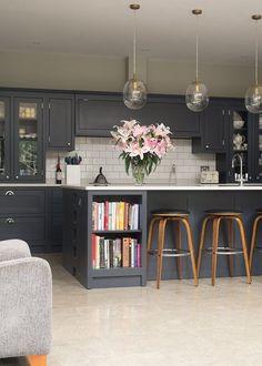 Dark Kitchen Cabinet Inspiration and Design Tips