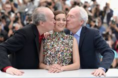 Pin for Later: The Most Stunning Snaps From Cannes  Marion Cotillard was in the middle of a costar sandwich during a photocall for Two Days, One Night.