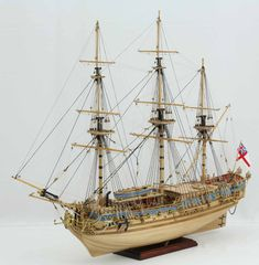 Photos of ship model Royal Caroline. The ROYAL CAROLINE was built at Bedford shipyard in 1749 and was King George II's principal royal yacht. Model Sailing Ships, Old Sailing Ships, Model Ships, Model Ship Building, Boat Building, Wooden Model Boats, Make A Boat, Ship Of The Line, Wooden Ship