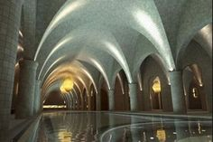 A la façon d'une salle monacale imaginaire, imaginée en souterrain pour un immeuble grand luxe à Hyde Park, Londres...Manque de couleurs!
