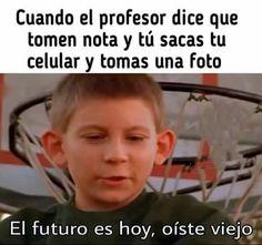 Dewey nos recordó que el futuro es hoy. | Estos fueron los 44 memes más relevantes de México en 2016