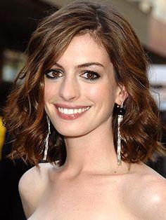 A inspiração para o final de semanda será com a minha atriz preferida... Anne  Hathaway!! Ela deixa claro em suas maquiagens como adora bato...