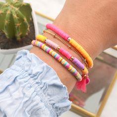 Bracelets made with Katsuki pearls Perlengroßhandelonline.de - Bracelets made with Katsuki pearls Perlengroßhandelonline. Cute Jewelry, Diy Jewelry, Jewelery, Handmade Jewelry, Jewelry Necklaces, Jewelry Making, Beaded Jewelry Designs, Jewelry Patterns, Bracelet Patterns