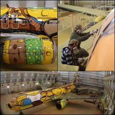 os-gemeos-paints-the-brazilian-national-team-plane7