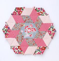 English Paper Piecing Basics: Week 4 // Matching Shapes + Pattern (via Bloglovin.com )