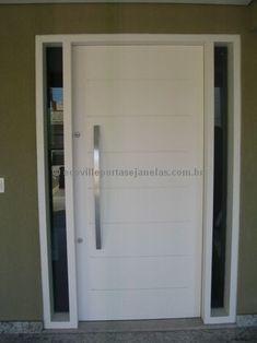 Porta pivotante com portal duplo lateral com vidro fumê - Ecoville Portas Especiais