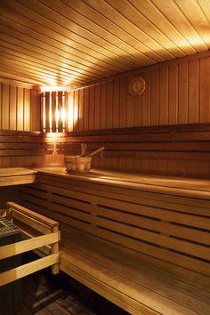 Le sauna intérieur au Spa du Jiva Hill Resort, hôtel 5* Relais Châteaux, à 15 minutes de Genève #sauna #bienetre #spa #hoteldeluxe