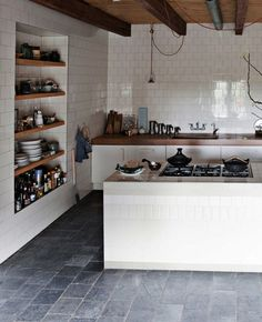 Bold on a Budget: 10 Really Interesting Things You Can Do With Plain White Tile