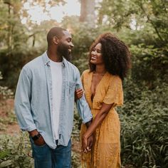 5 Signs Your Man Truly Loves You - LoveIsConfusing Couple Portraits, Couple Posing, Couple Shoot, Engagement Photo Poses, Engagement Couple, Engagement Inspiration, Black Love Couples, Cute Couples, Couple Photography