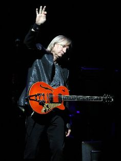 Joe Walsh and a Duesenberg Starplayer guitar.....saw him 2012 Riverfest and ya he so jammed and is too funny!!! Good Show