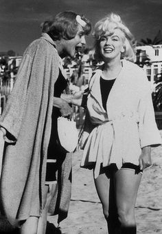 Some like it Hot... Marilyn Monroe, Tony Curtis & Jack Lemmon