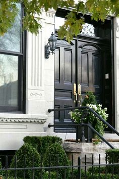 Front And Entry Doors For Your House – The Homeward View Grand Entrance, Entrance Doors, Exterior Design, Interior And Exterior, London Townhouse, Black Doors, Front Entrances, Front Door Decor, Front Doors
