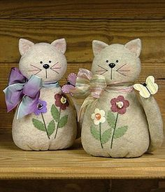 Here Kitty Kitty - Wool Felt, Felt Appliqué Countryside Craft PATTERN