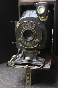 vintage pocket kodak no. 1 folding camera | collectibles + photography equipment