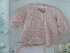 hermosa chaqueta de punto de ganchillo con el modelo - Crochet Designs gratis