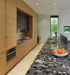 Modern Style and Sensibility In a Traditional D.C. Neighborhood - http://freshome.com/modern-style-and-sensibility-in-dc/