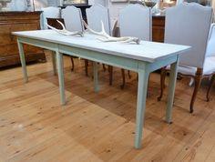 Console table in original paint-phoenix-antiques-2017-11-30 11.19.52_main_636476397556496090.jpg