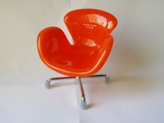 Lully Tuli - Mini cadeira Swan laranja - (P000049)