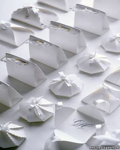 Templates for cute little boxes from Martha Stewart