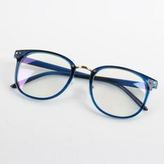 4adf722318 Channel your inner nerd with this geek-chic eyeglasses. Comes with clear  lenses.