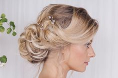 "India<a class=""cap-link"" href=""http://www.debbiecarlisle.com/collections/wild-rose-collection-1/products/rose-gold-silver-or-gold-swarovski-crystal-wedding-hairpins-india"" target=""_blank"">Click to see on the Debbie Carlisle website</a>"