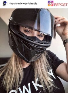 Thicc Anime, Bike Rider, Street Bikes, Riding Helmets, Bikers, Mustang, Girls, Motorcycles, Woman
