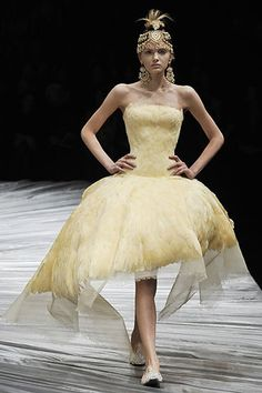 Alexander McQueen Fall 2008 Ready-to-Wear Fashion Show - Lily Donaldson