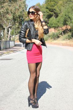 Pantyhose Fashion, Pantyhose Outfits, Black Pantyhose, Fashion Tights, Black Tights, Women Legs, Sexy Women, Sexy Outfits, Sexy Dresses