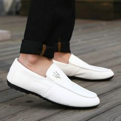 Winter Male Loafers With Fur Moccasin Men Shoes Cheap Driving Sapatos For Man Size 39 to 44 Black White