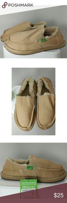 Sanuk Vagabond Chill Fur Slip On Kids Sz 2 You are looking at a pair of Sanuk Vagabond Chill Boys  Size - 2  Color - Tan Sanuk Shoes Moccasins
