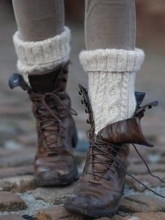 Like her leg warmers...not the boots tho!