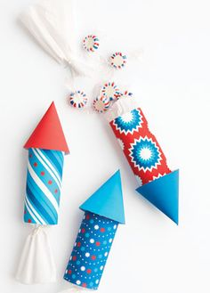 Cardboard Roll Rocket Craft for Kids.   Use Nature of Arts non-toxic paint for kids for this fun project!