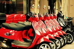 Red Vespa Scooters on Streets of Paris France par pamelajanegallery, $30,00