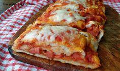 Il rotolo di pizza senza glutine è una variante gustosa per gustare la pizza,e si può farcire in tanti modi e secondo i propri gusti.