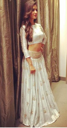 """""""Beautiful Sonal At The Launch Of Audio Hyderabad Ethnic Outfits, Indian Outfits, Indian Clothes, Emo Outfits, African Traditional Dresses, Indian Dresses, Indian Attire, Indian Wear, Lakme Fashion Week 2017"""