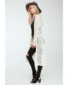 Chic Womens Cardigan Outfits Ideas For This Spring Gilet Crochet, Crochet Cardigan, Lace Cardigan Outfit, Sweater Cardigan, Moda Crochet, Mode Kimono, Bohemian Mode, Boho Chic, Style Rock