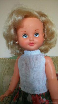 Muñeca Marina de Famosa. Ojos margarita